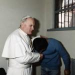 Papa şi asasinul